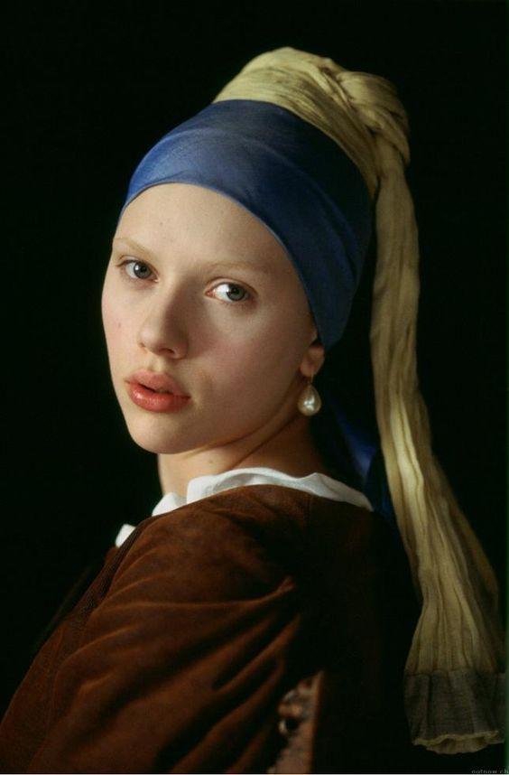 """Scarlett Johansson caracterizada para la película """"La joven de la perla"""""""